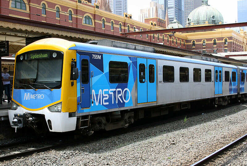 800px-Siemens_train_in_Metro_Trains_Melbourne_Livery