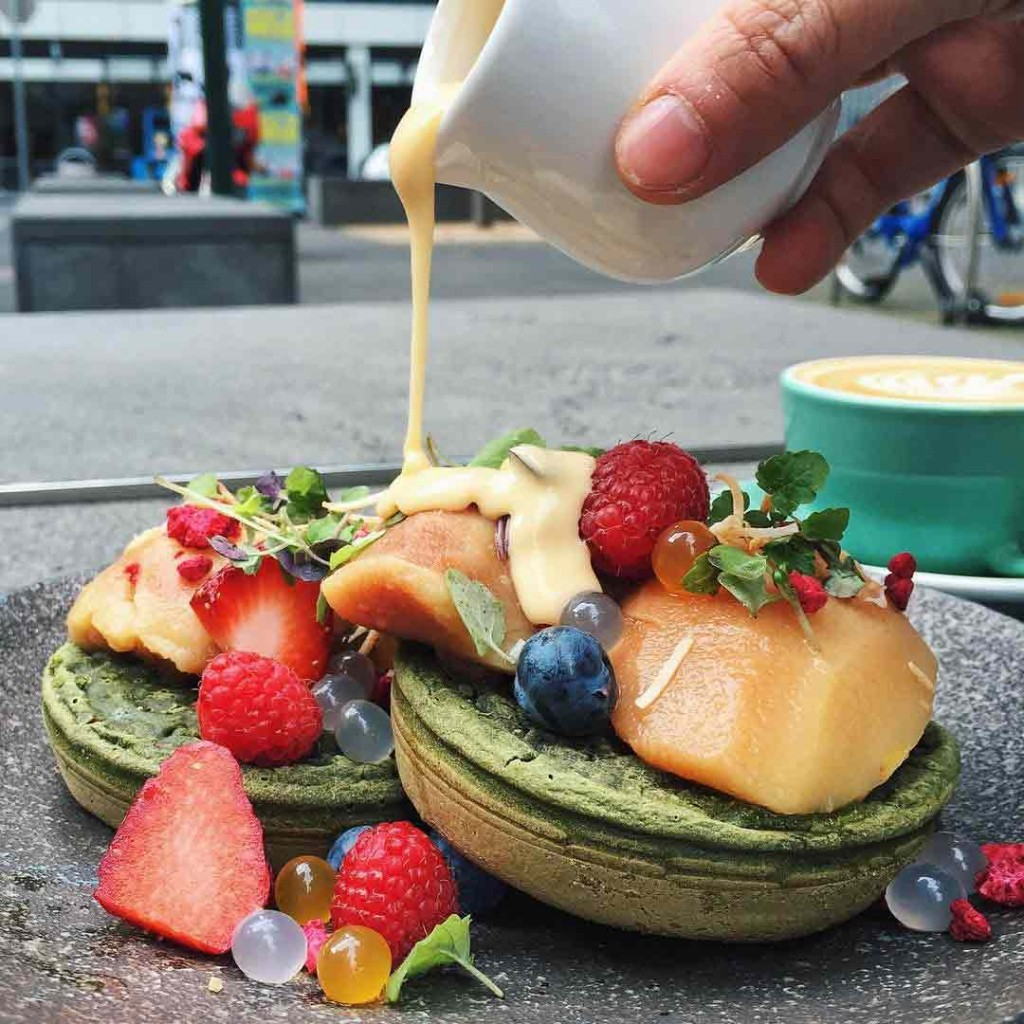 matcha-green-tea-crumpets-by-operator-25-cafe