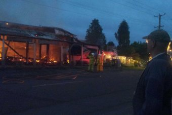 澳史上第一家Coles店惨被大火吞噬化为灰烬 – 澳洲新闻 – 悉尼-澳洲唐人街