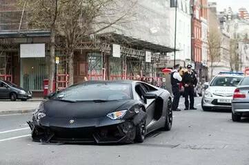 立即逮捕!中国男子驾驶兰博基尼超速墨尔本街头,引来了警察…-澳洲唐人街