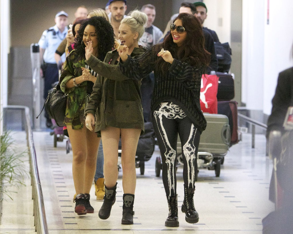 Little-Mix-Pictures-Arriving-Sydney-Airport-Greeting-Fans