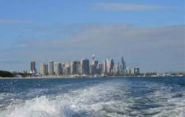"""忽悠谁呢?国内60岁以上老人到澳洲旅游,居然被要求缴""""超龄费""""-澳洲唐人街"""