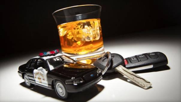 誰說睡一覺體内酒精就会自動消失?维州警察天一亮就查酒驾,許多司机接连中招!-澳洲唐人街