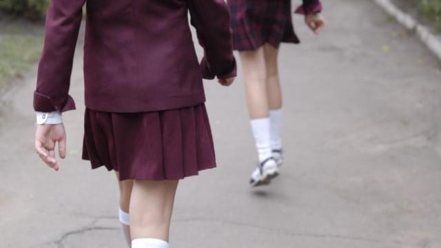 """澳70多所学校成黄色网站目标!学生裸照被曝上千张!女生被实名""""狩猎"""""""