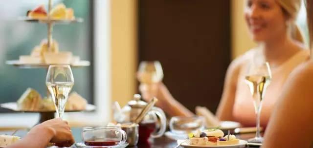 墨尔本High Tea | 回到维多利亚时期的优雅,边看海景边下午茶-澳洲唐人街