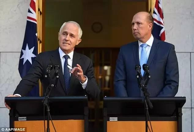 澳洲政府最新宣佈:入籍英语需雅思6分水平,作弊直接废掉!3次不过不能再考,PR满4年才能入籍!