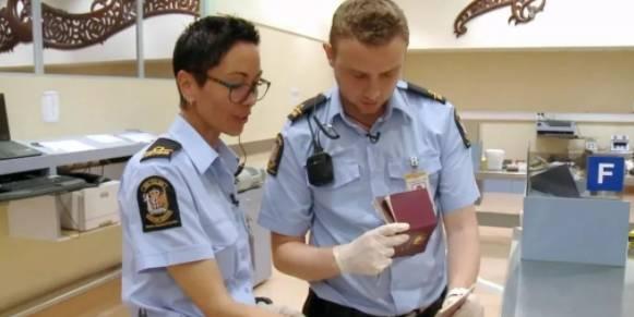 中國女子持三本護照闖海關,原來代考是這樣操作的-澳洲唐人街
