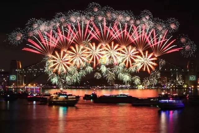 今年悉尼新年煙火表演將下起特別「彩虹雨」!附悉尼跨年攻略-澳洲唐人街